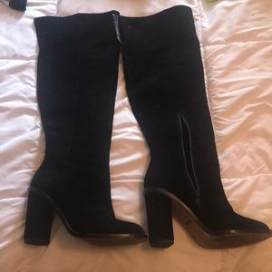 e52fcae5d04 Black suede over the knee boots Gianni Bini 7.5